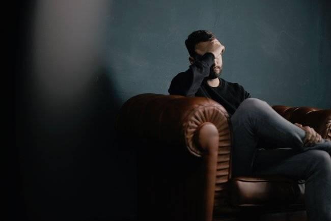 Синяк на члене и мошонке: причины и последствия травмы