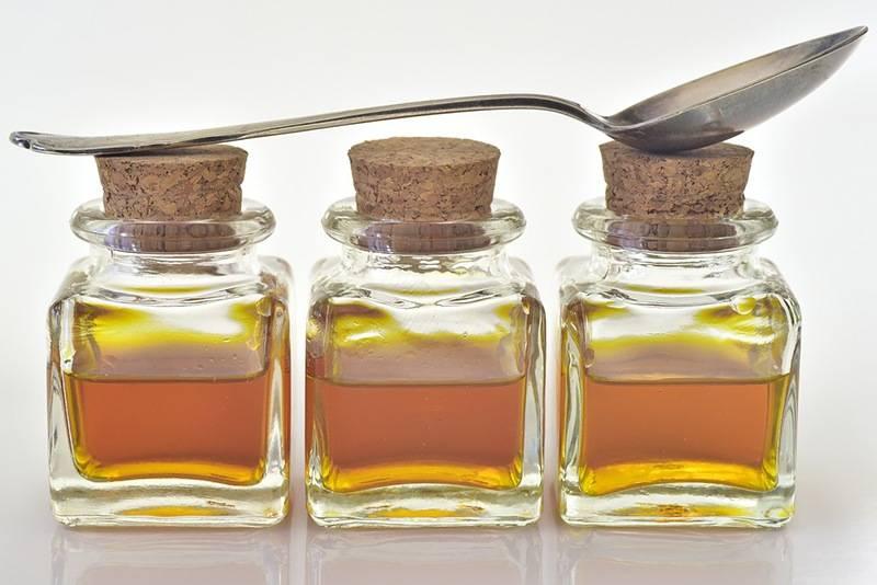 Как пить прополис на спирту? спиртовая настойка прополиса: лечебные свойства и противопоказания