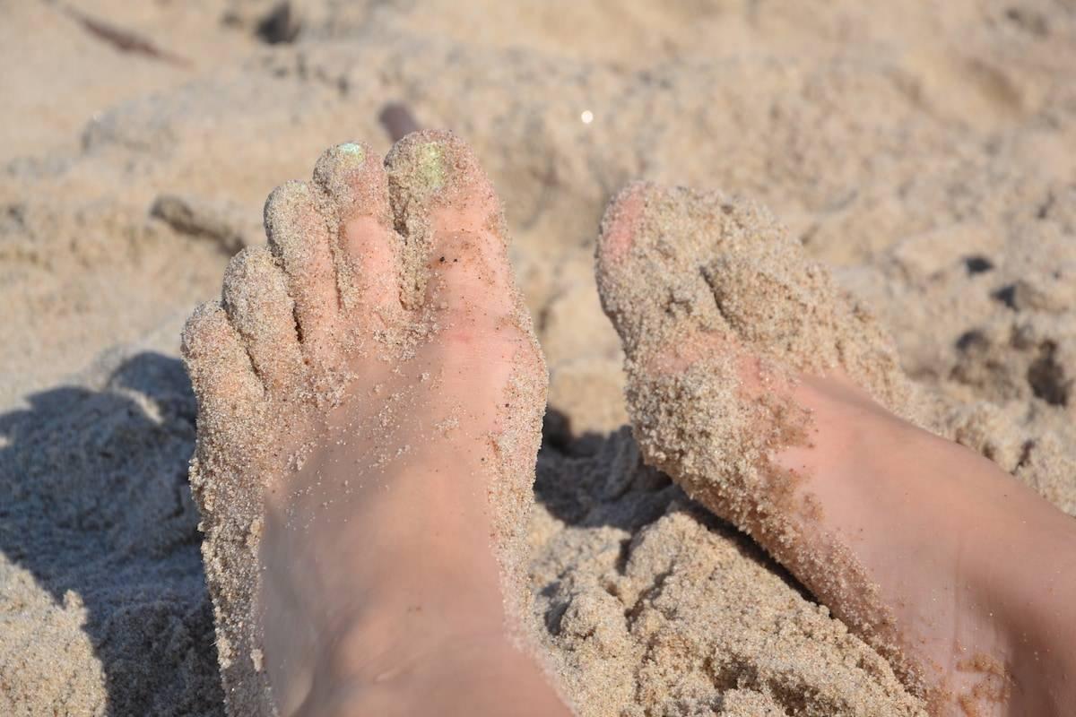 Подробно о симптоматике грибка ног и профилактике