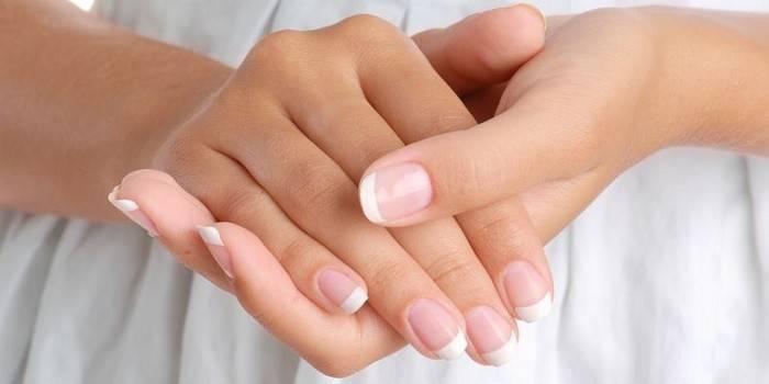 Грибок ногтей на руках: фото, симптомы, лечение