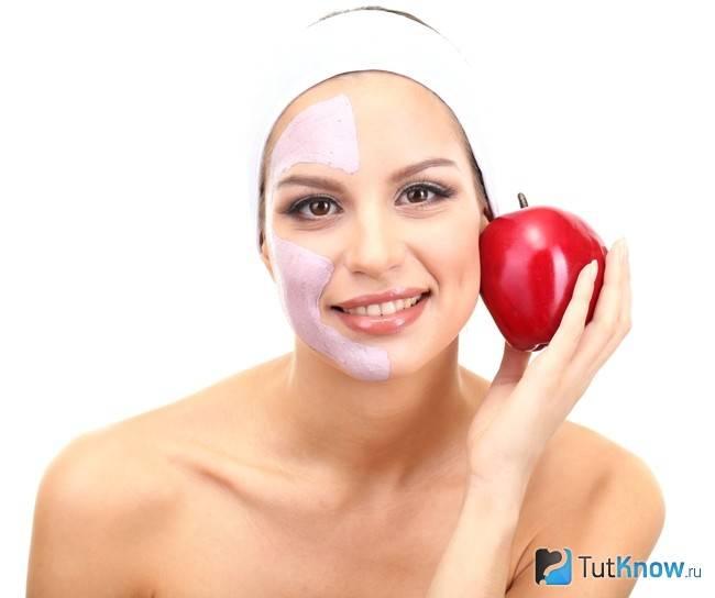 Самые эффективные маски для лица с использованием яблок в домашних условиях