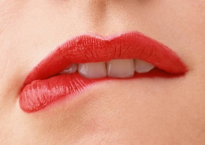 Герпес на губе: быстрое лечение в домашних условиях