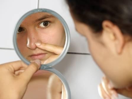 Можно ли использовать йод для лечения высыпаний на лице