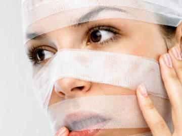 Почему появляются жировики на лице и как от них избавиться