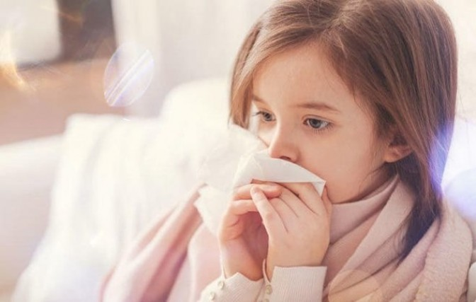 Понос от прививки от гриппа: может ли быть (после) диарея у взрослого (ребенка)