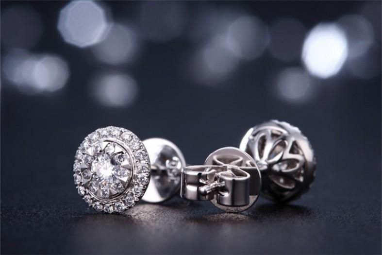 Современный бриллиантовый этикет