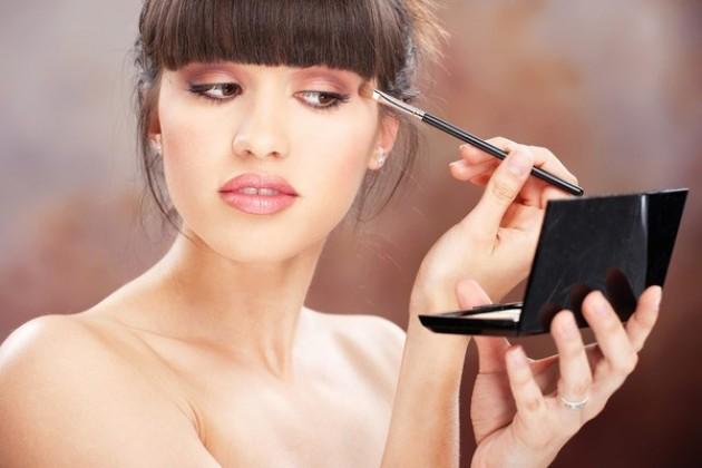 Как сделать повседневный макияж для карих глаз: пошаговое руководство