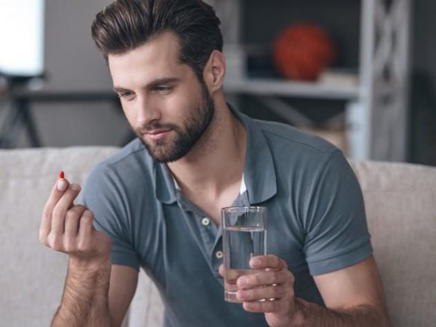 Опухоль между ягодицами у мужчин и женщин (появилась шишка под кожей, уплотнение): может ли она быть раком