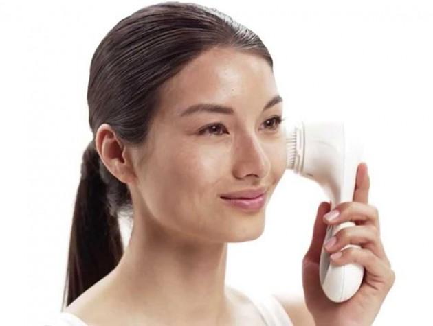 Ультразвуковая щеточка для очищения лица