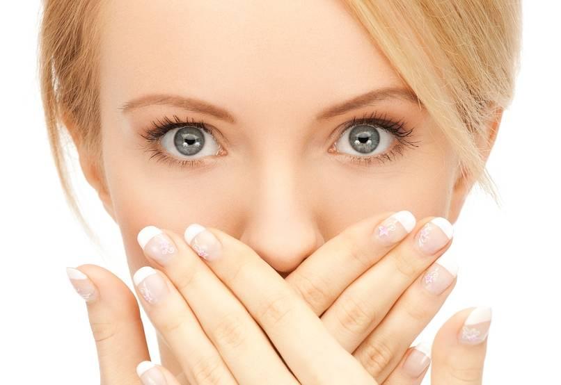 Чирей в носу: симптомы, фото и лечение