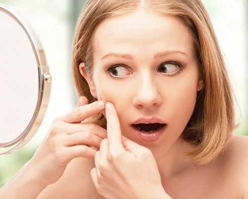 Жировики на лице. от чего появляются, лечение у взрослых лекарствами, народными средствами, мазь. как избавиться в домашних условиях