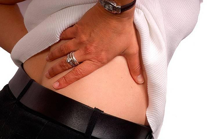 Слабая струя при мочеиспускании у мужчин: причины