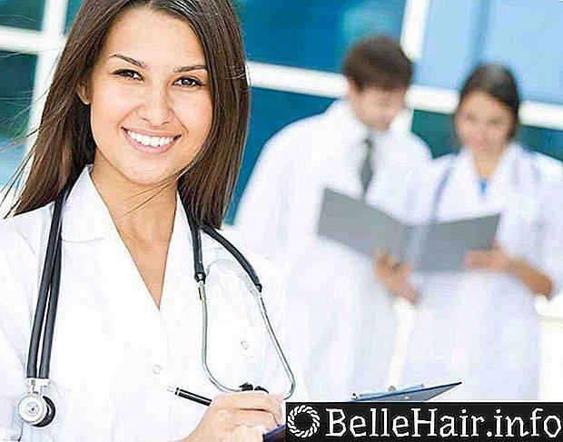 Выпадают волосы: к какому врачу обратится
