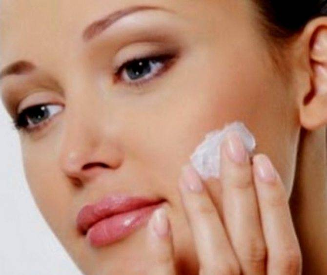 Помогает ли зубная паста от прыщей на лице: за и против