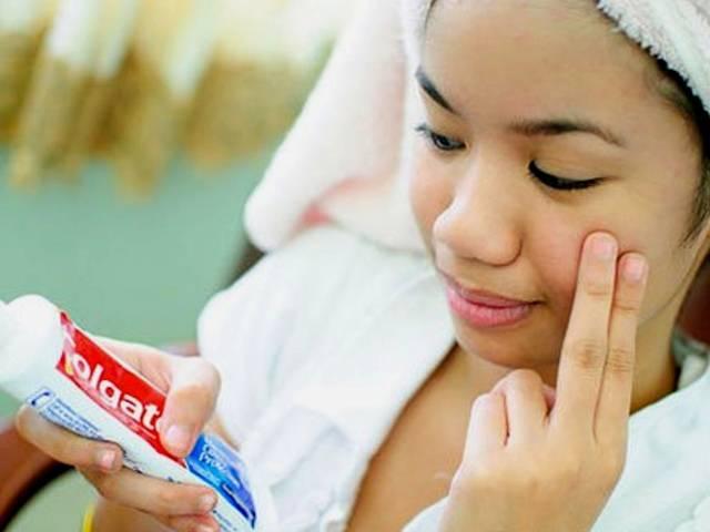 Зубная паста от прыщей на лице, что будет если намазать лицо зубной пастой
