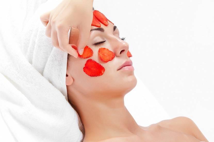 Омолаживающая маска из клубники для лица от морщин. рецепт
