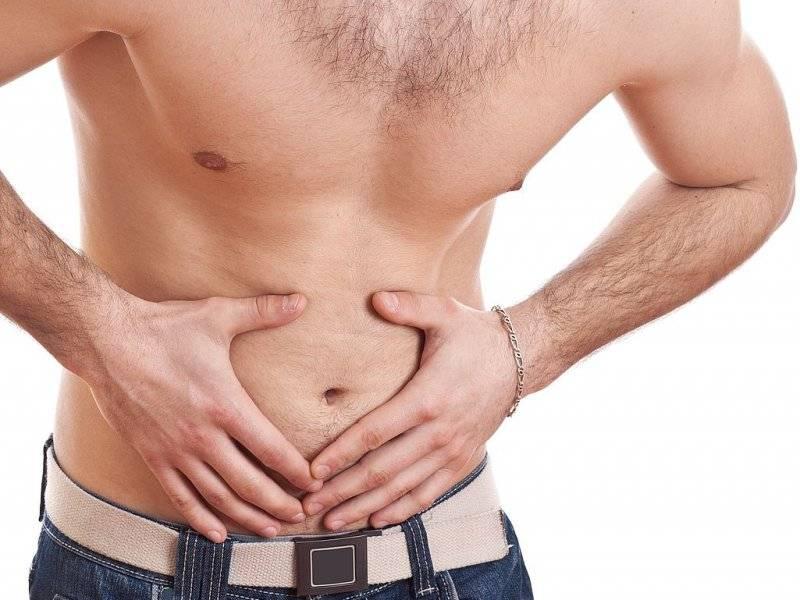У мужчины болит яичко: причины