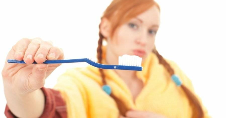 Что будет если намазать прыщ зубной пастой