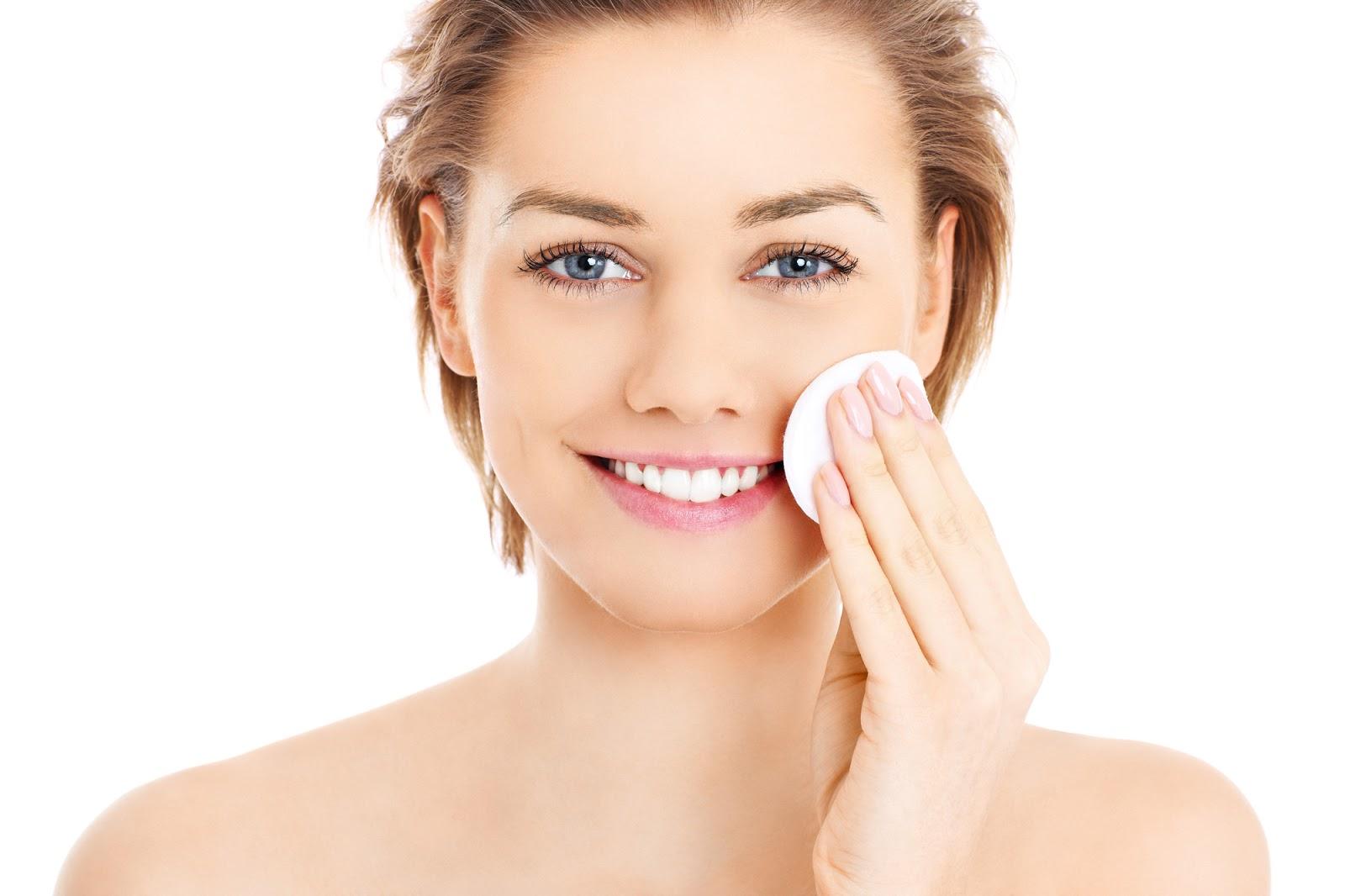 Как распарить кожу для чистки лица от прыщей и угрей