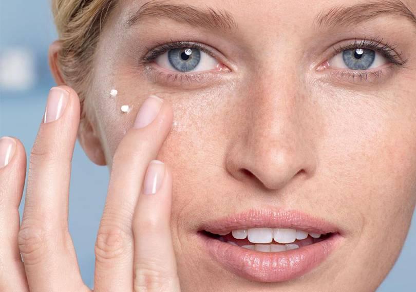 Как предотвратить появление прыщей: что нужно знать об уходе за кожей