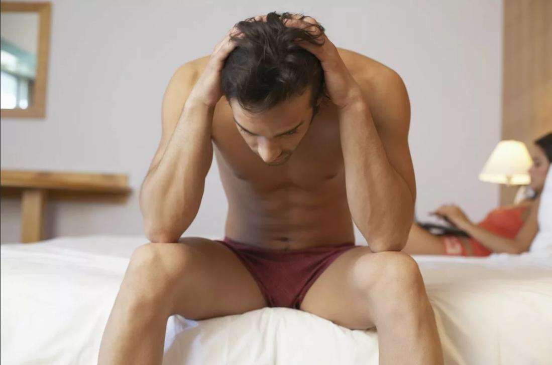 Почему может болеть головка полового члена, нуждается ли данное состояние в лечении
