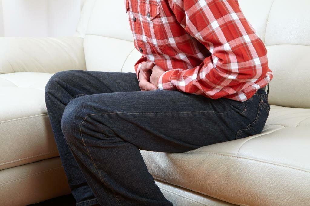 Причины и лечение тянущей боли в яичке у мужчины