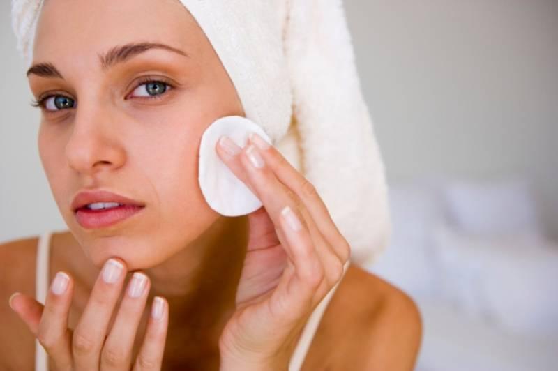 Чем так полезна морская соль для кожи лица?