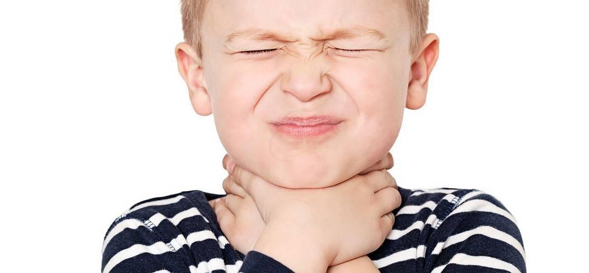 Папиллома в ухе — лечение папиллом