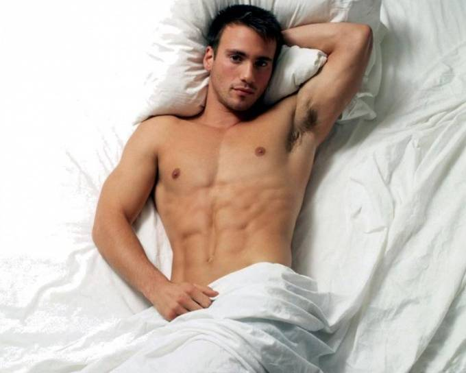 Опасны ли белые пупырышки на головке полового члена у мужчины