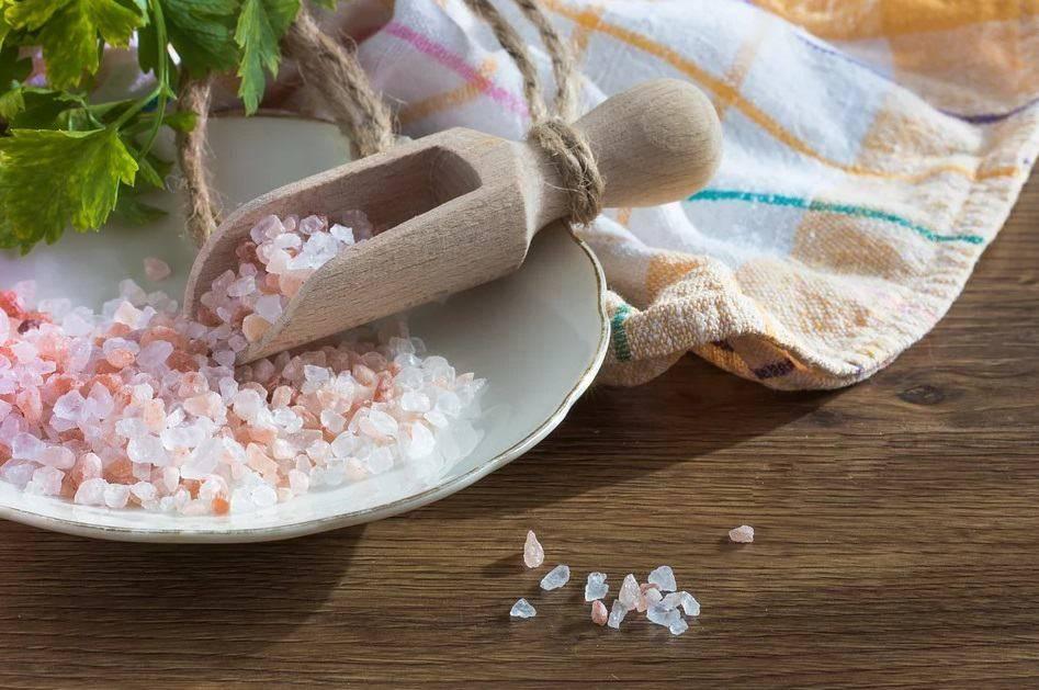 Морская соль для лечения прыщей на лице
