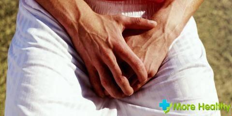 Головка члена шелушится: причины, возможные заболевания, методы лечения, профилактика
