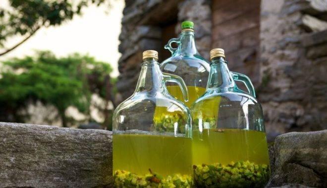 Использование чеснока при лечении папиллом: лучшие рецепты