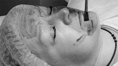 Фотодинамическая терапия в косметологии. как проходит процедура, показания и эффективность