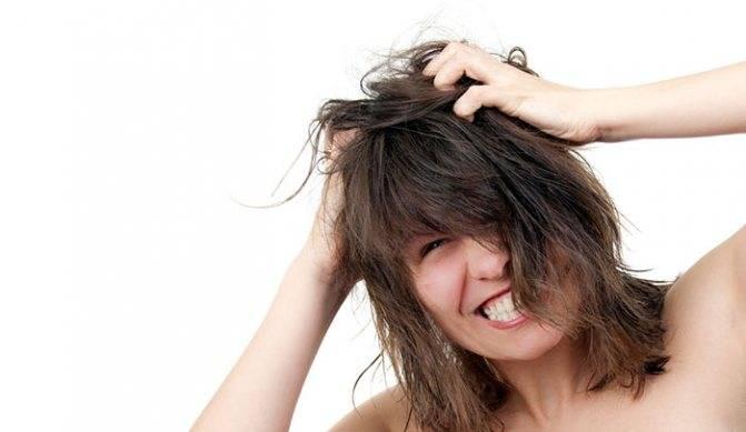 К какому врачу обратиться если выпадают волосы