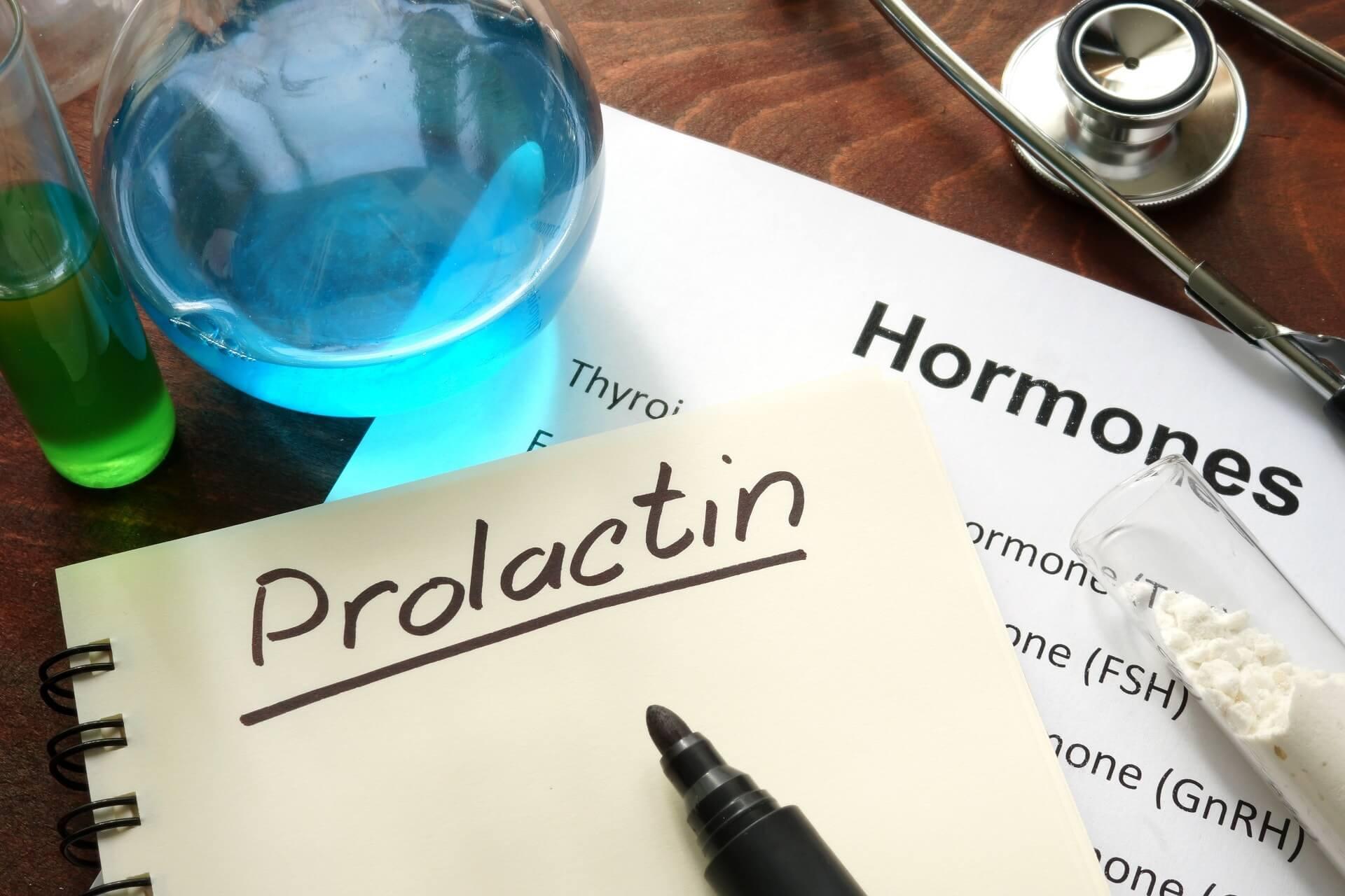 За что отвечает пролактин у мужчин: основные факторы, влияющие на концентрацию, симптомы и последствия повышения, допустимые параметры — как снизить уровень пролактина у мужчин?