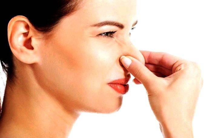 Основные причины неприятного запаха от мочи у мужчин