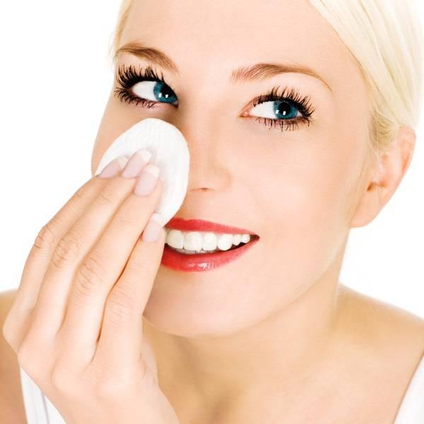 Можно ли мазать лицо кокосовым маслом и чем оно полезно для кожи?