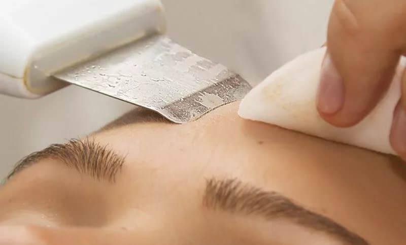 Профессиональный аппарат для ультразвуковой чистки лица