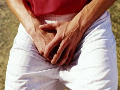 Почему появляются коричневые пятна в паху у мужчин и женщин