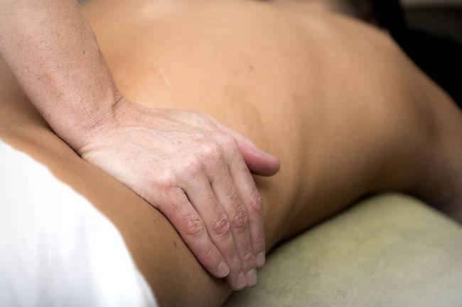 Боль в спине в области поясницы – почему возникает и как бороться?