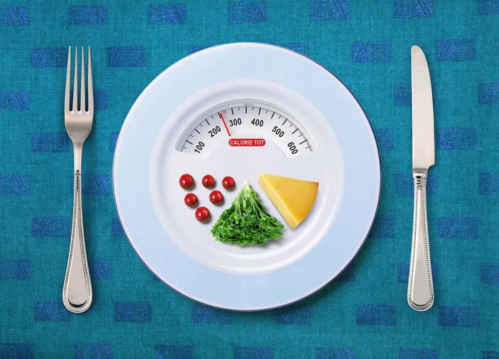 Сколько калорий требуется мужчине в день?
