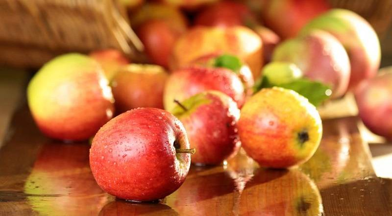 Маска для лица из овсянки и яблока
