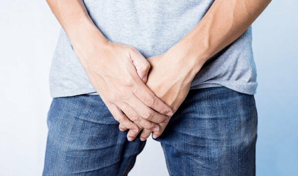 Жжение в мочеиспускательном канале у мужчин: что может быть причиной?